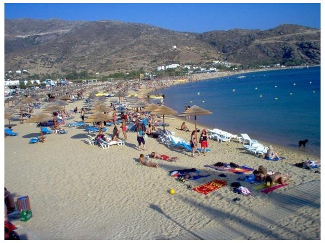 Mylopotas Beach and Hora